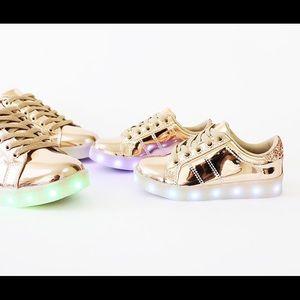 Girls skyer-02  LEDs lit sole sneakers